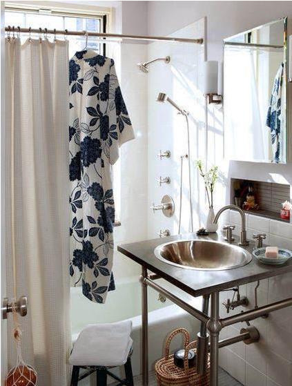 小洗手间装修效果图 迷你卫浴间求生记